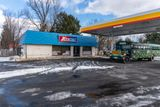 Redevelop vacant gas station in business-friendly B-1